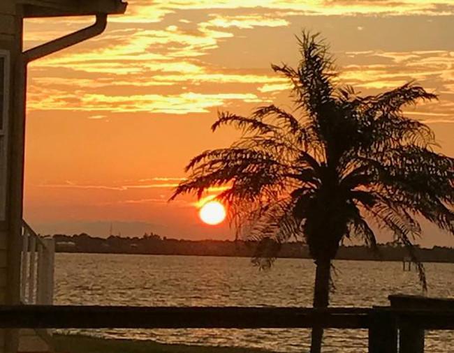 Sunset Nettles Island resort