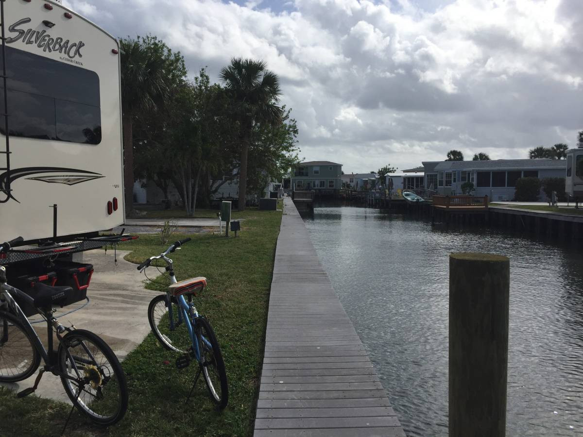 Riverfront Florida Resort activities camping