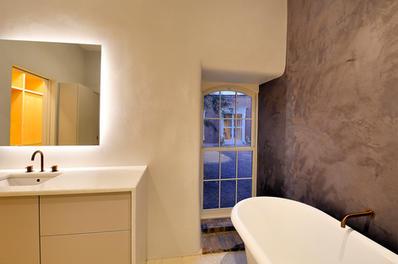 Tadelakt Wet Room in the Evening
