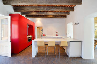 Modern Design and Ammenities inside Territirial Style Historic Home