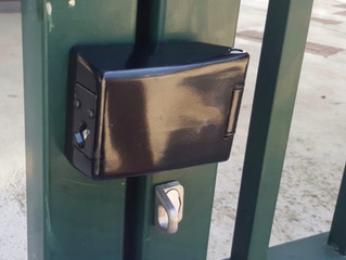 gate locking device