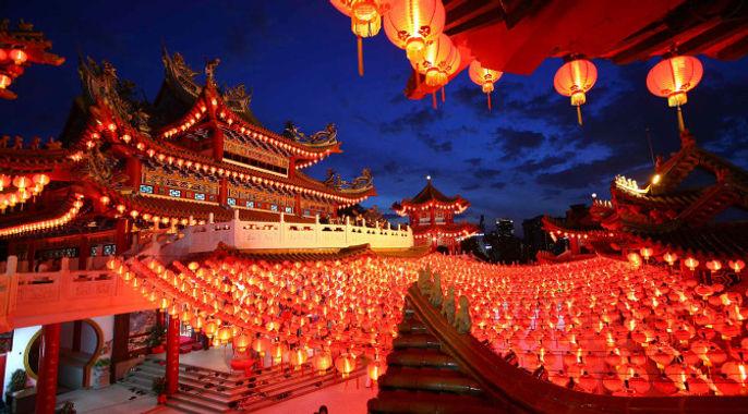 Asia-Cina-lanterne-rosse-672x372.jpg