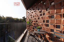 Easton Jatibening