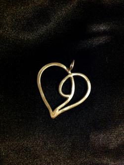 Hänge hjärta hamrat