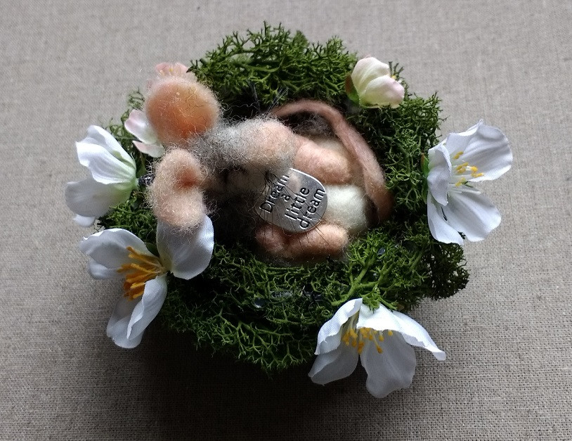 dream a little dream smoodle mouse