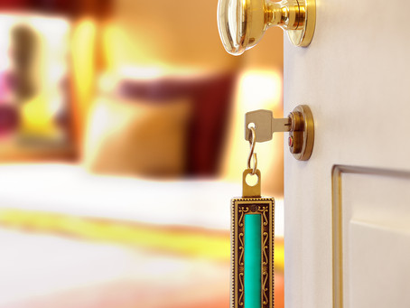 8 Tried & True Best Practices in Hotel Customer Service