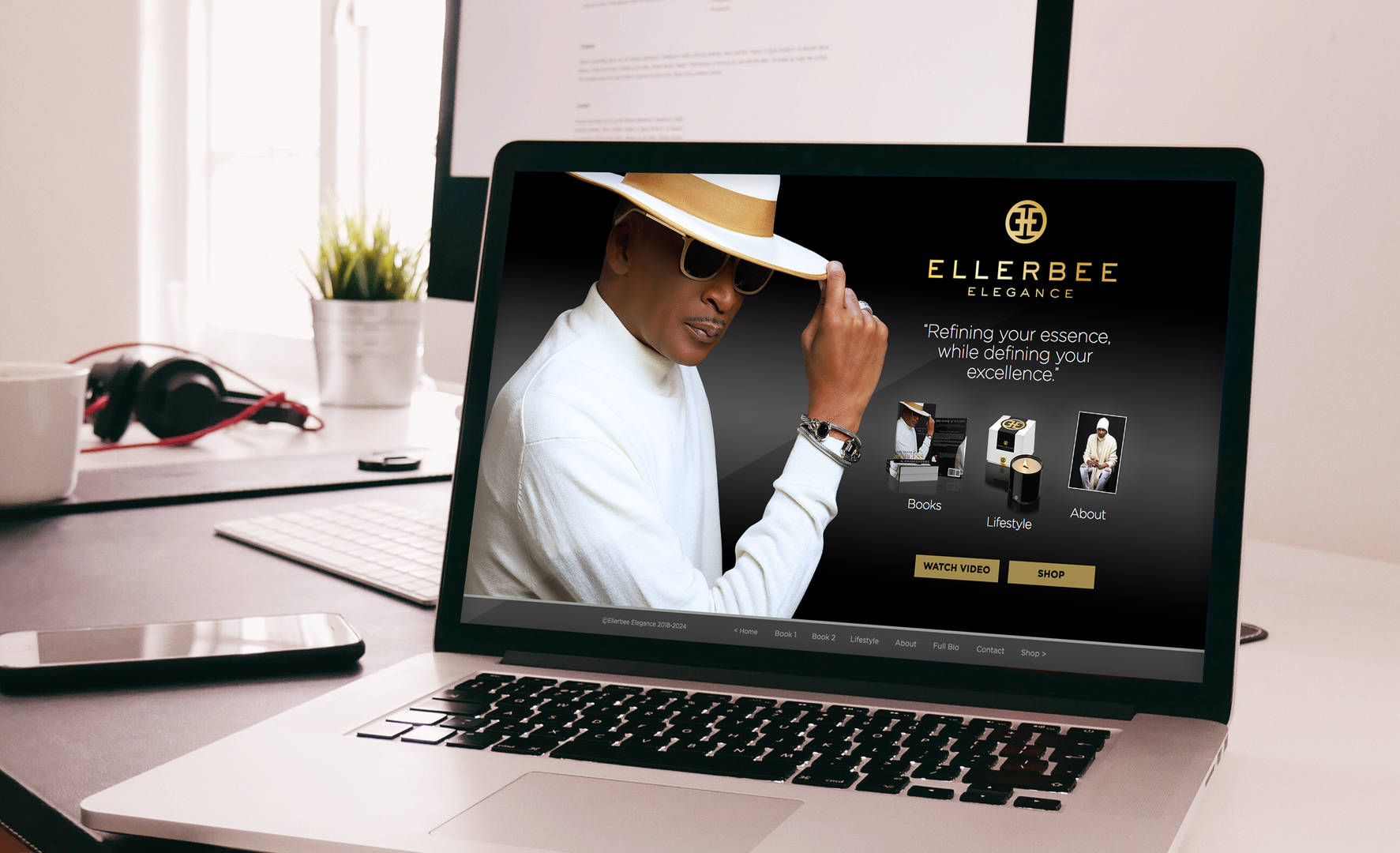 Ellerbee on laptop for port.jpg