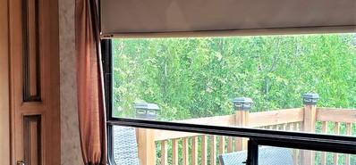 12 Cottage Chambre Bureau TV.jpg