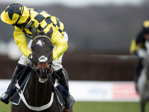 AINTREE GRAND NATIONAL MEETING - DAY 3 (SATURDAY)