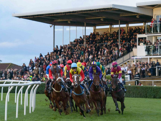 OUTSIDER THE ONE TO KEEP IN MIND AT WINCANTON