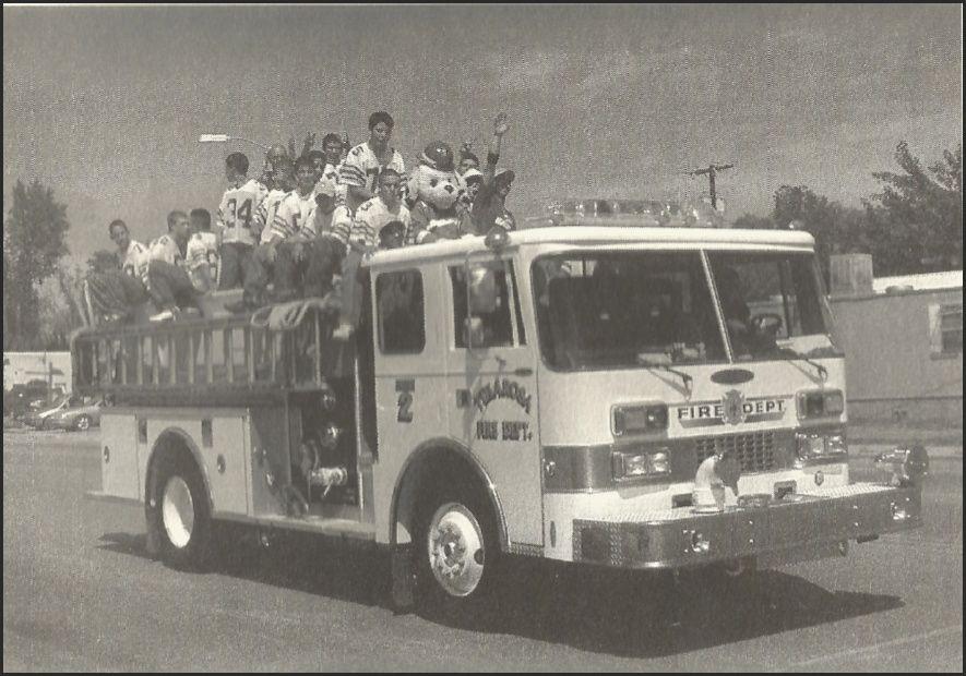 Tularosa homecoming parade in 2002