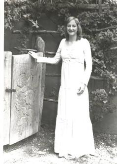 Ms. Robin Worley