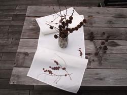 Tischläufer Lärchenzweig