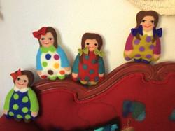 4 Puppen