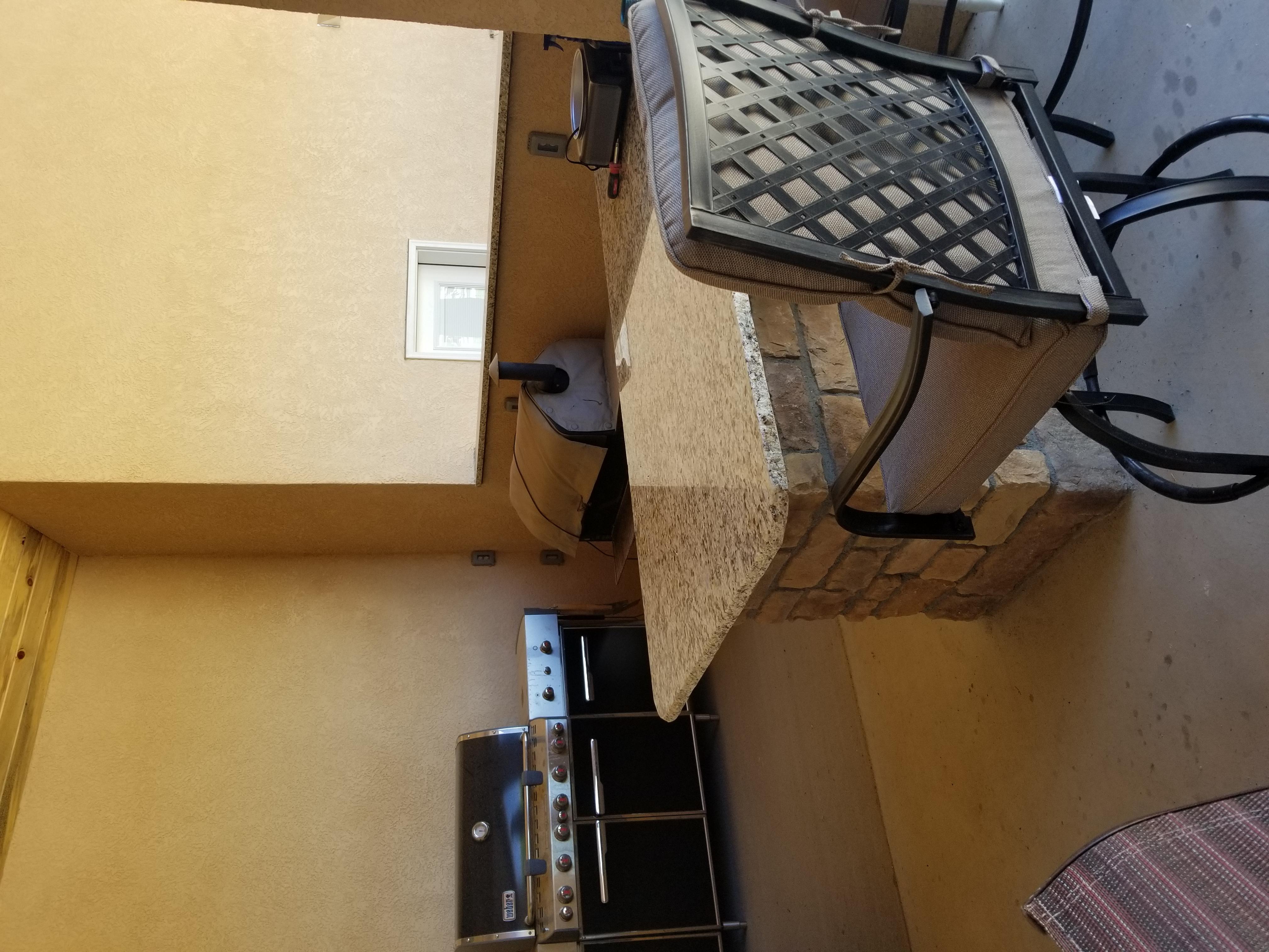 Fabulous Outdoor Kitchen in Pueblo West