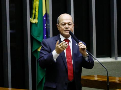 Joseildo acusa Bolsonaro de utilizar Bolsa Família para retaliar o Nordeste
