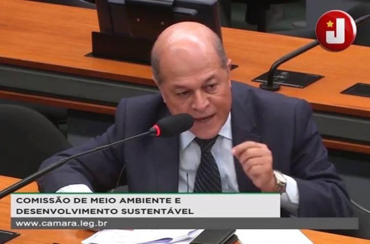 Joseildo cobra ministro do Meio Ambiente sobre exploração de petróleo em Abrolhos