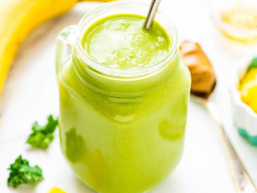 Smoothie Protéiné Ananas & Kale! [Délicieux!]