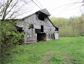 Historic tobacco barn in Tennessee looking for a barn lover to save it!