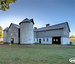 Luxury farm with Historic Barns for sale in North Carolina