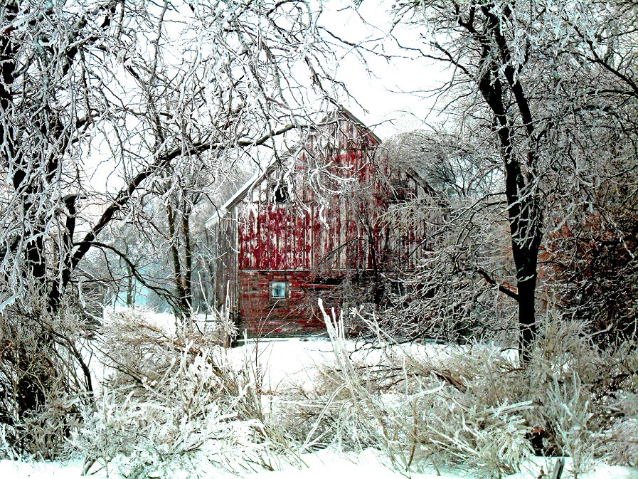 Winter Barn Picture | Barn photography | Barn Addict