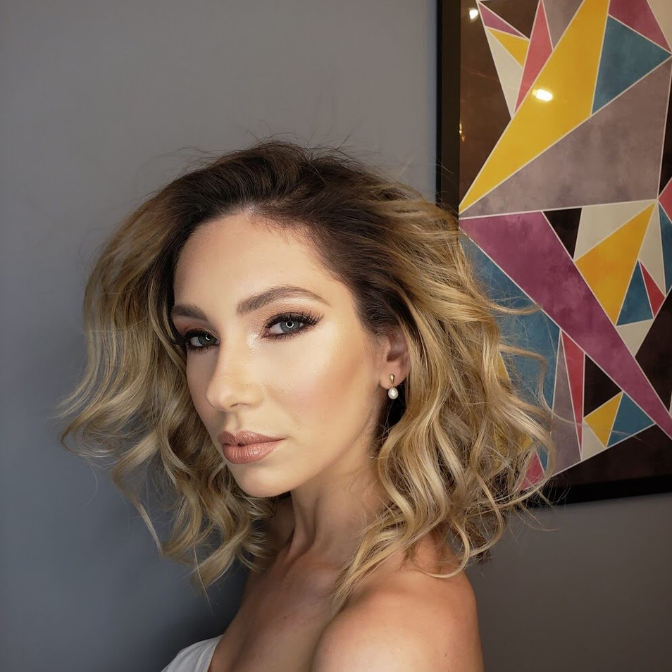 Tatiane Alves Maquiadora profissional tatmake beleza