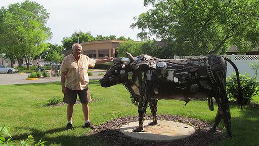 Dale Lewis with Old Tex.JPG
