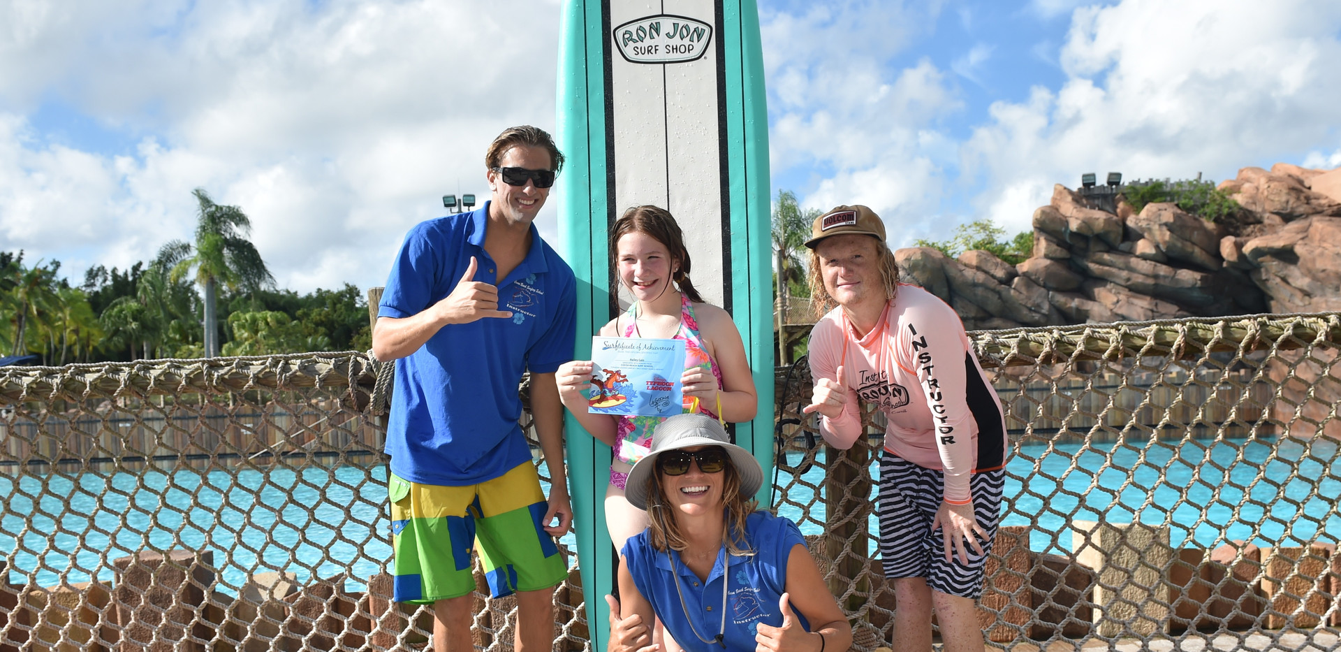 PhotoPass_Visiting_WDWGAMEDAY_4131920397