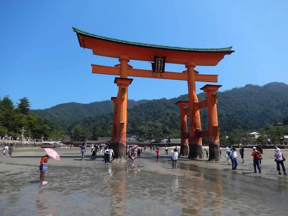 Red Torii Gate of Itsukushima