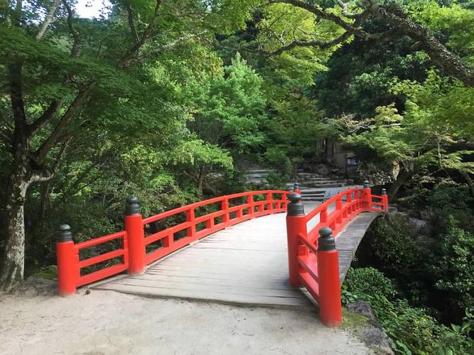 The red bridge at our Iwaso Ryokan