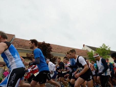 Teilnehmer- und Streckenrekord beim 4. Raiffeisen Stadtlauf in Frauenkirchen!