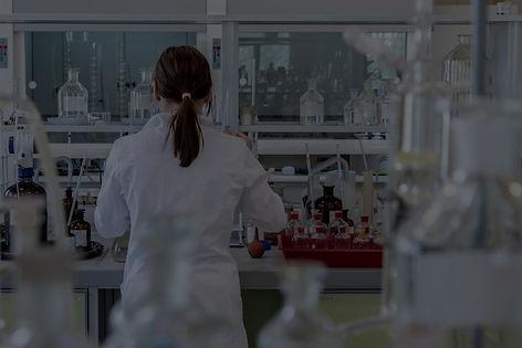 laboratory-2815641_1920-1-1024x683_edite