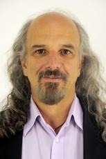Artigo: Marcelo Bones escreve sobre a internacionalização do teatro brasileiro