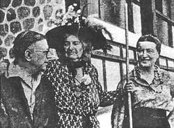 Olympia com Sartre e Simone de Beauvoir