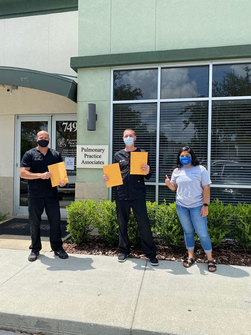 Our FL volunteer, Julee Sharma, dropped off 3 iPhones for patients at Pulmonary Practice Associates in Lake Mary, FL! These phones will go to low-income patients who suffer from chronic respiratory illnesses to help them stay connected to their physicians from home. Julee provided the iPhones with guides Updox, which is the Telehealth software used by the practice to communicate with their patients. Great work!
