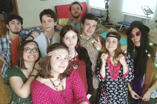 Пурим hippy-party