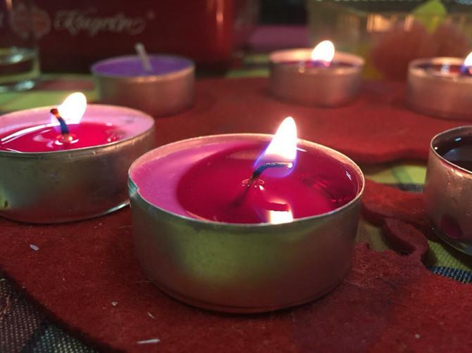 Зажги свечу памяти о жертвах Холокоста!