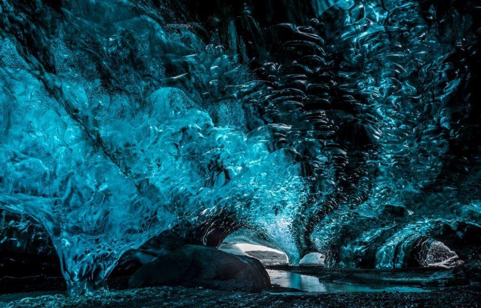 Scuba Iceland Crystal Ice Cave