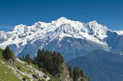 1442244197_walk-to-the-varan-hut-view-of-the-mont-blanc-range