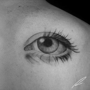 Black and grey eye