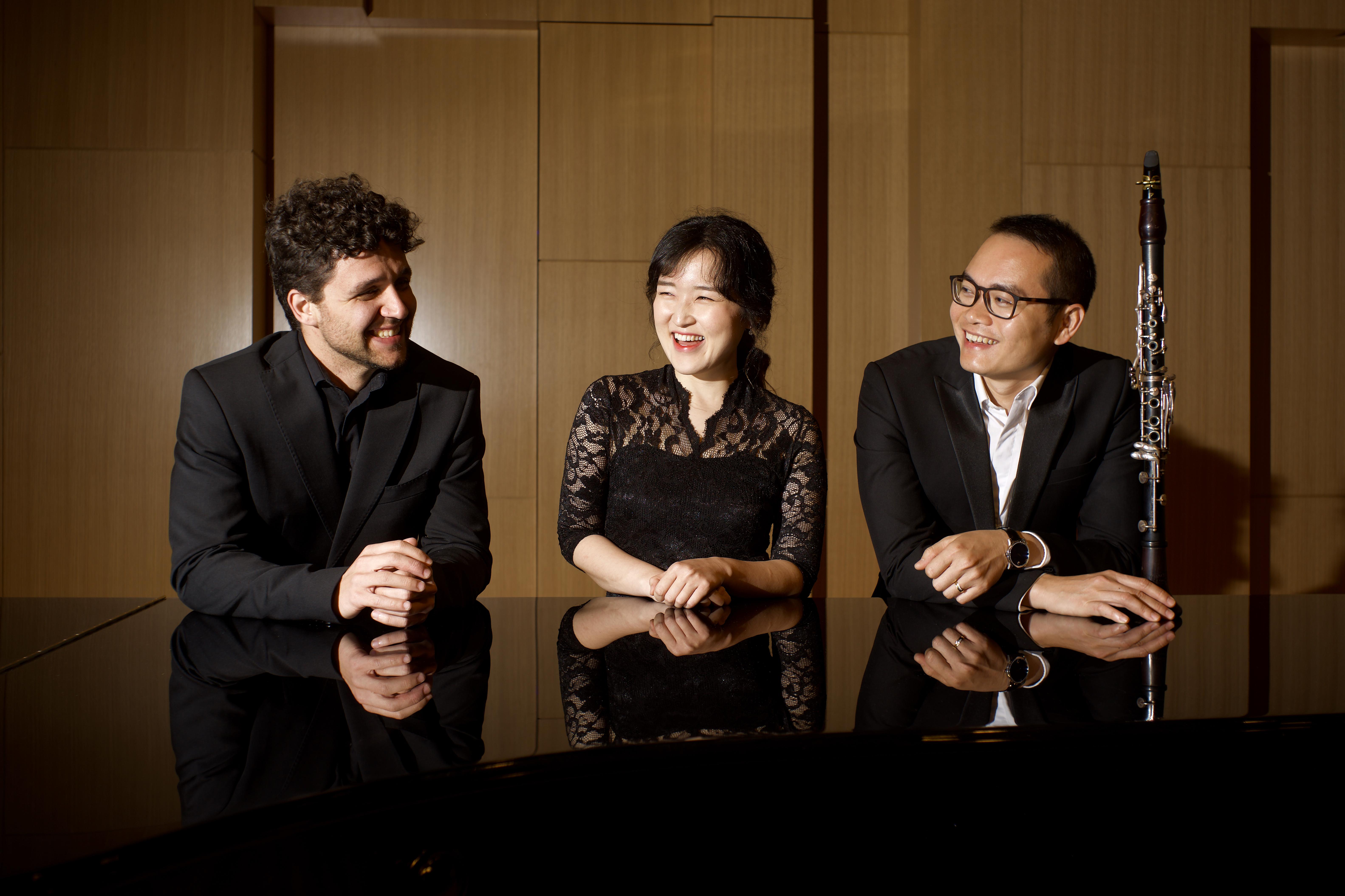 Darío Llanos Javierre, Eun Ji Jung, Quang Tran