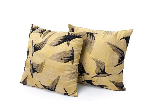 Cushion Crane (set of 2)
