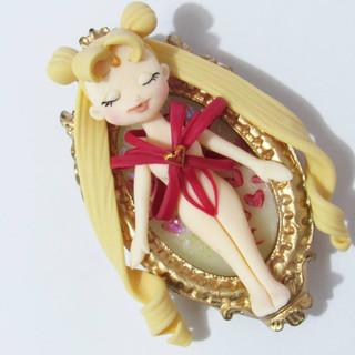 Camafeu Transformação Sailor Moon