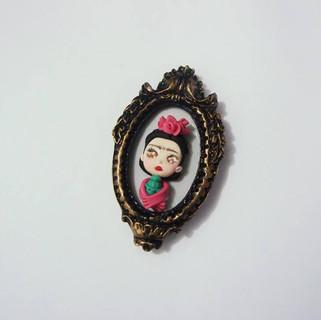 Camafeu Frida Kahlo