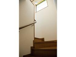 メゾメット式のため室内に階段があります