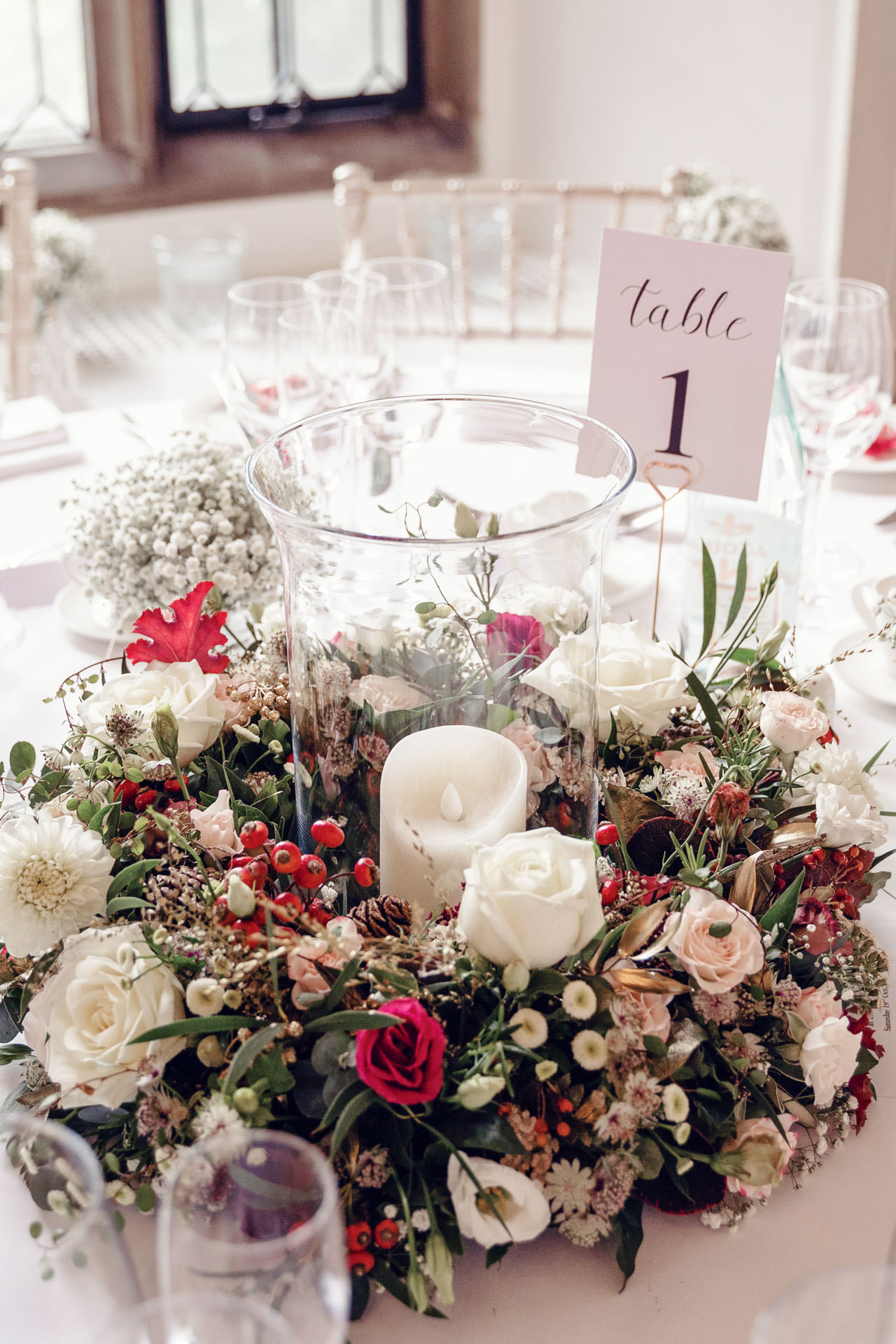 The low table arrangments look equally gorgeous!