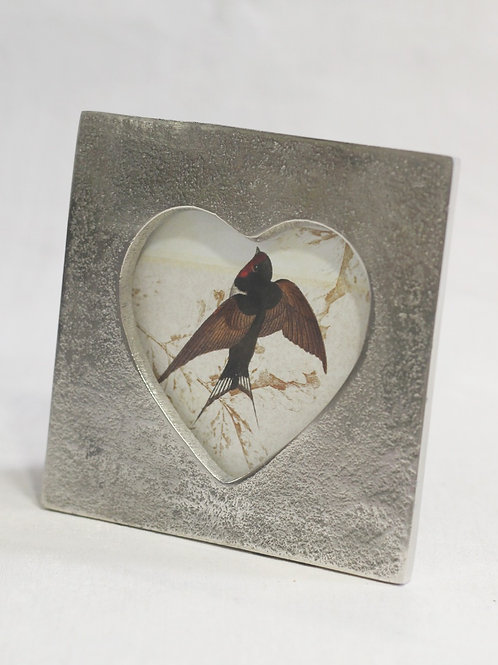 Metal Heart Frame