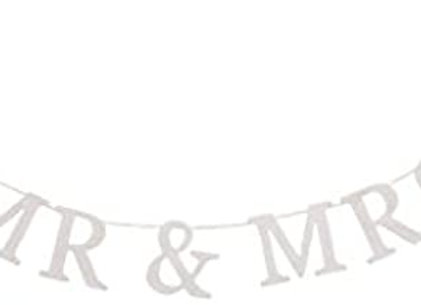 Mr & Mrs Wooden Garland