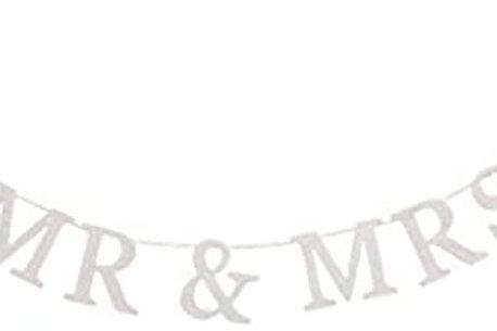 Mr & Mrs Wooden Garland