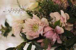 Spring table arrangement